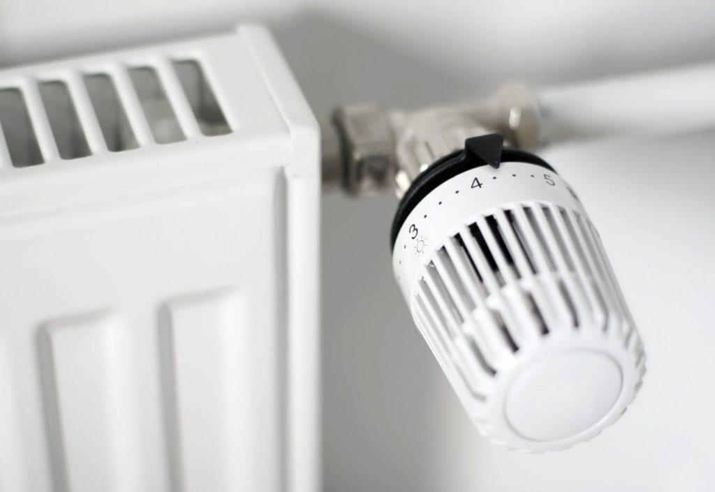 Automatizare calorifere -- robinet termostatat