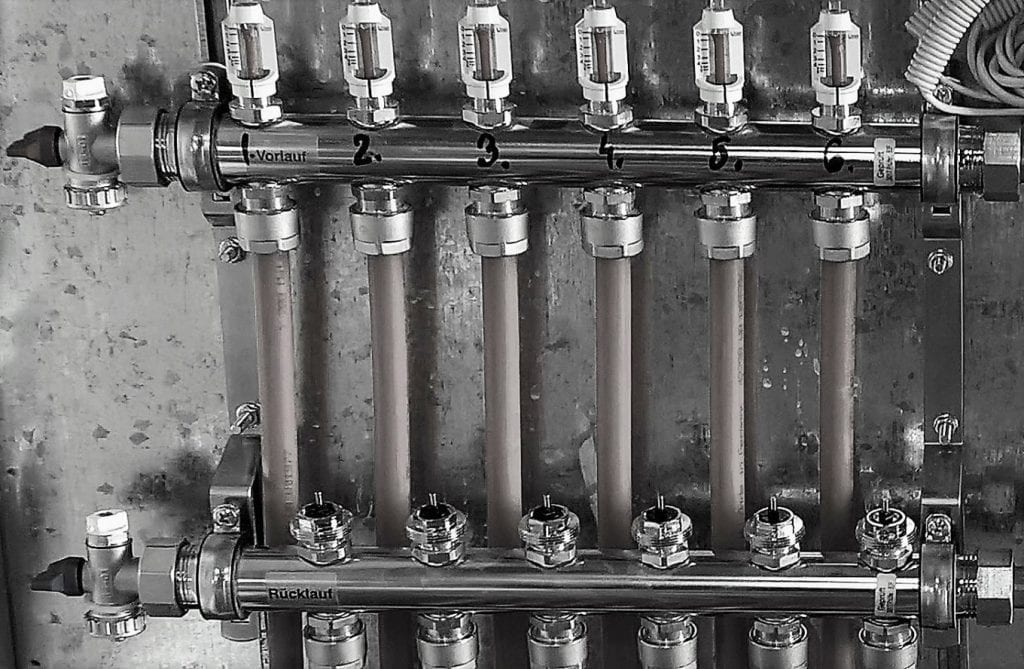 Automatizare pardoseală -- distribuitor cu robineți termostatați, actuatoare nemontate