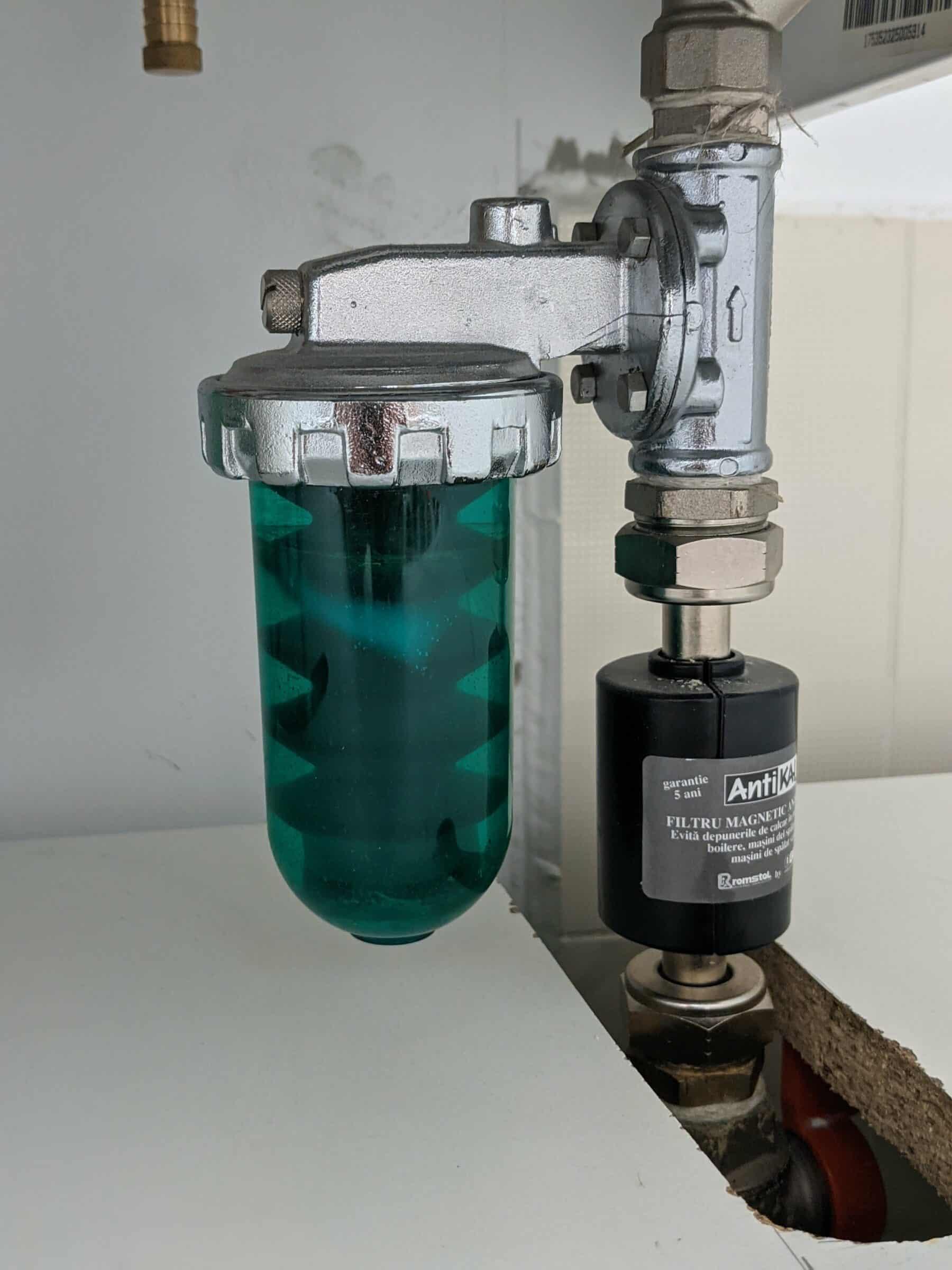 Filtru antimagnetita dupa 5 ani 160 m² calorifere otel